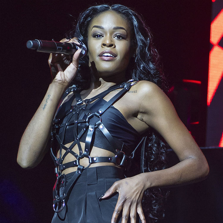 Azealia Banks says Australian crowds are violent and belligerent