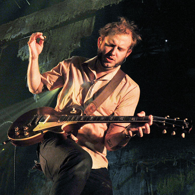 Justin Vernon announces return of Bon Iver