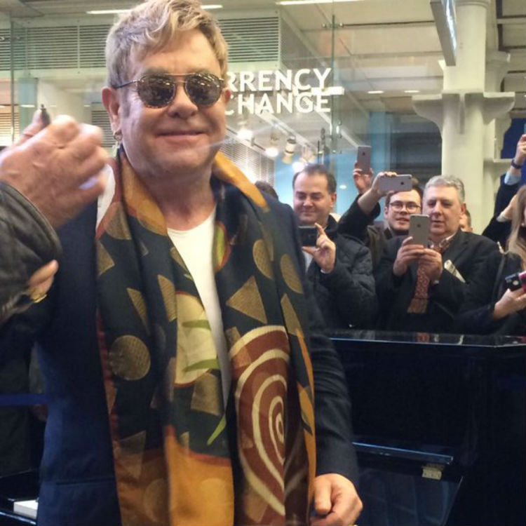 Elton John surprise piano performance, St. Pancras train station