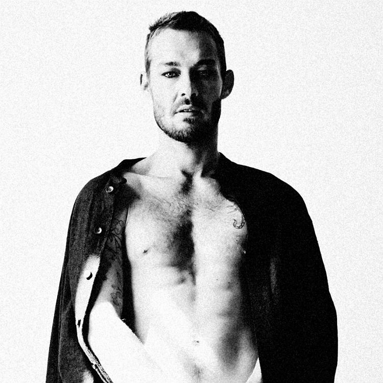 Daniel Johns releases new single