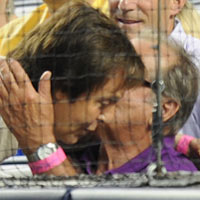 Paul McCartney Hangs With Jack Nicholson At Baseball Game - Photos