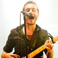 Editors guitarist quits band after disagreement