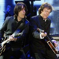 Paul McCartney, Usher Get Down At Coachella