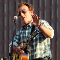 Bruce Springsteen Leaves Barack Obama Rally In Tears