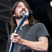Dave Grohl: 'I'm Buying Rage Against The Machine'