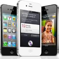 Four Million iPhone 4S's Sold In First Weekend
