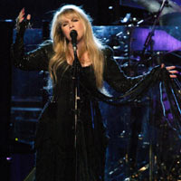 Fleetwood Mac To Headline Sunday Night Of Glastonbury?