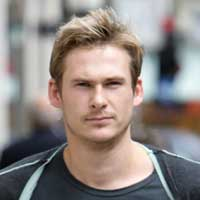 Lee Ryan has late night twitter meltdown over ex partner