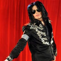 Michael Jackson Denies He Has Skin Cancer