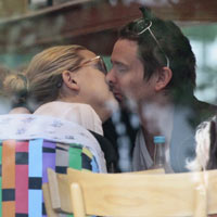 Muse's Matt Bellamy Spends Time With Kate Hudson Before Reading And Leeds