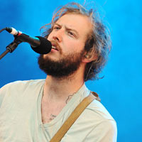 Controversy At The Grammys? Bon Iver Beats Nicki Minaj, Skrillex