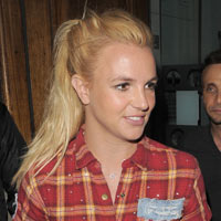 Britney Spears Shoots 'Criminal' Video In London's Stoke Newington