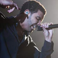 Drake discusses Rihanna relationship in 'No Lie' video?