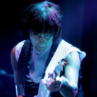 Jeff Beck To Become Honorary Doctor of Music