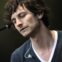 Gotye makes US chart history with 'Somebody' single