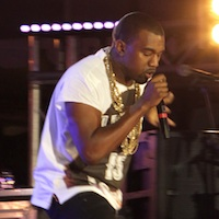 Kanye West Pays Tribute To Amy Winehouse At Big Chill Festival 2011 - Video