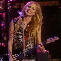 Avril Lavigne Starts Working On New Album