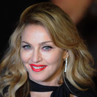 Madonna bares her breast at Turkey concert - video