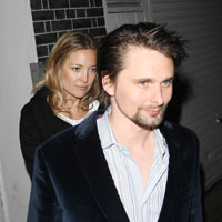 Matt Bellamy back in UK with Kate Hudson 