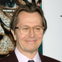 Gary Oldman reads from R Kelly's Autobiography - watch