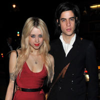 Peaches Geldof And S.C.U.M's Thomas Cohen Expecting First Child