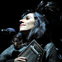 PJ Harvey's 'Let England Shake' Wins Uncut Music Award 2011