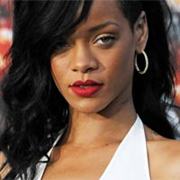 Rihanna - deprimata sau foarte bolnava?