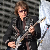 Bon Jovi's Richie Sambora's Girlfriend Revealed As 'High-Class Prostitute'