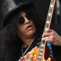 Slash reveals addiction to Angry Birds