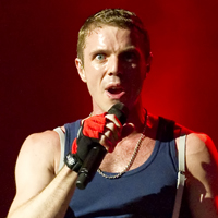 Scissor Sisters' Jake Shears Wants Collaboration With Queens Of The Stone Age