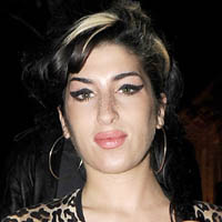 Bronze Amy Winehouse statue planned for Camden Roundhouse
