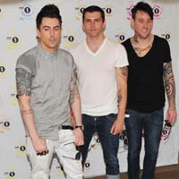 Lostprophets cover Labrinth's 'Earthquake' for Radio One