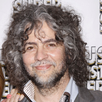 Wayne Coyne claims Erykah Badu is seeking controversy