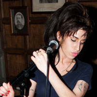 Amy Winehouse Injures Arm Following Fall At Home
