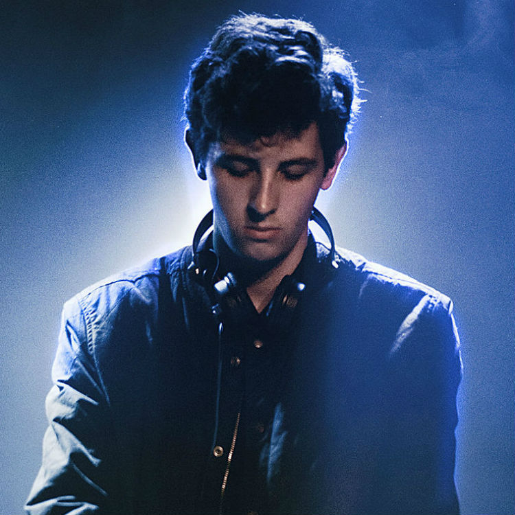 Jamie XX In Colour streams online on iTunes