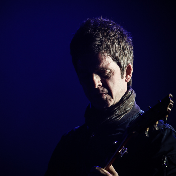 13 Exclusive Photos Of Noel Gallagher At The O2 London Gigwise