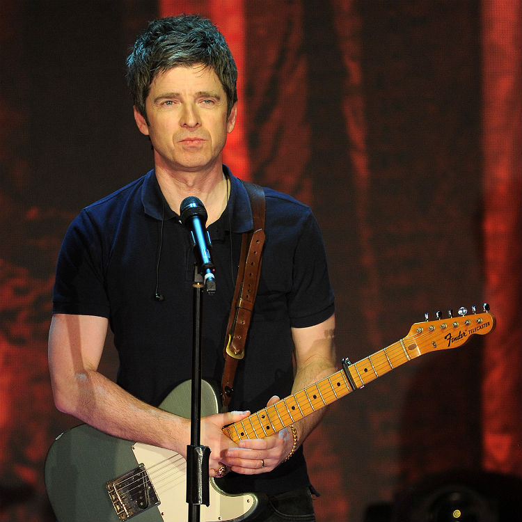 Noel Gallagher mistaken for Oasis bandmate and brother Liam on tube