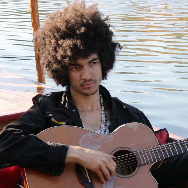 Sample Answer performs Good Boy live at Latitude on lake gondola video