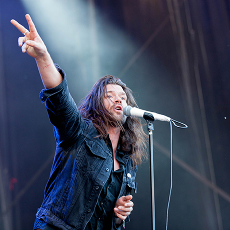 Slam Dunk 2015 photos of Taking Back Sunday and You Me At Six
