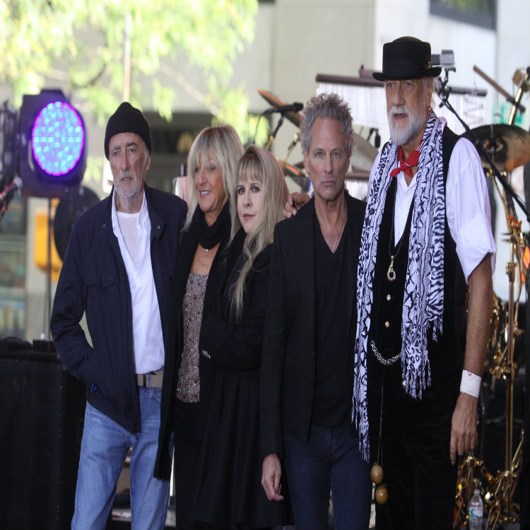 Fleetwood Mac new album mirage box set interview Christine McVie