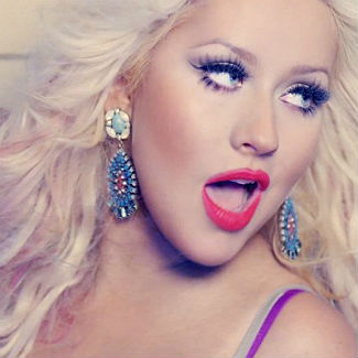 Christina Aguilera covers Damien Rice's 'The Blower's Daughter'