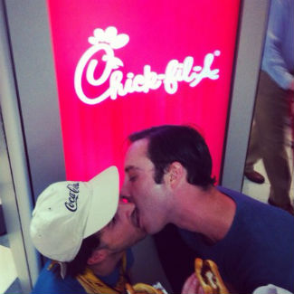 Black Lips stage gay kiss protest against 'homophobic' Chick-Fil-A