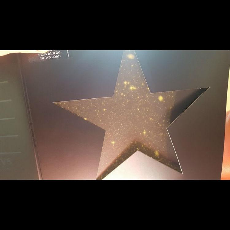 David Bowie Blackstar vinyl, stars appear when left in sun, Reddit