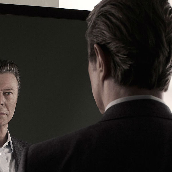 http://static.gigwise.com/artists/bowie_nothing_Changed_kimg_600.jpg