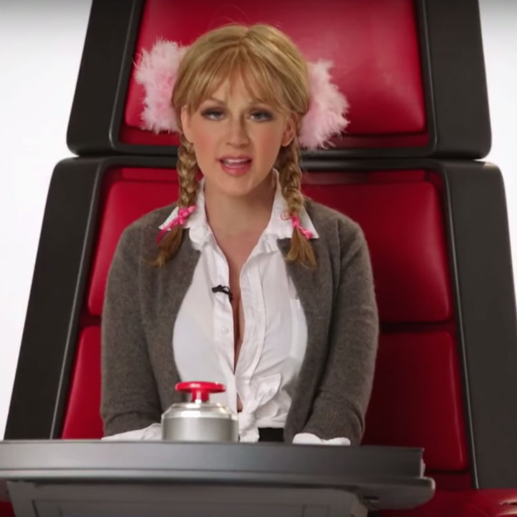 Watch Christina Aguilera impersonate Miley, Britney & Sia