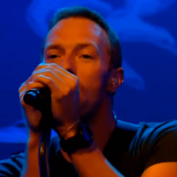 Coldplay perform enchanting rendition of 'Magic' on French TV