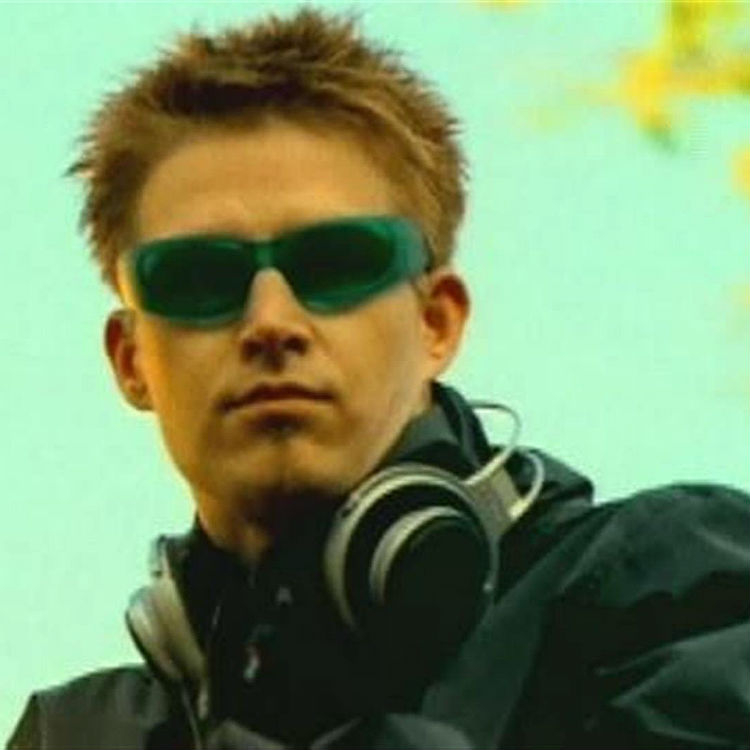 Darude Sandstorm lyrics are a lie - he's never been in a sandstorm