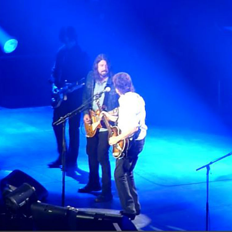 Dave Grohl joins Paul McCartney on stage at the O2 Arena