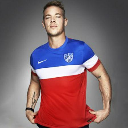 Diplo Model >> Photos Haim And Diplo Model New 2014 World Cup Usa Football