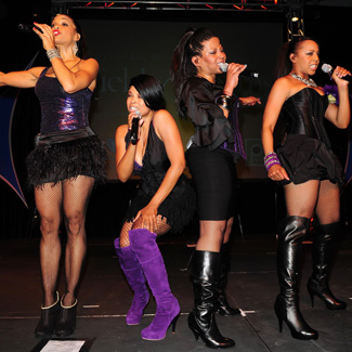 En Vogue star suing 'arrogant 'b**ch' bandmates